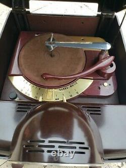 Zenith Record Player Radio COBRA-MATIC H664 VARIABLE SPEED TUBE AMP