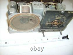 Zenith TUBE Radio Chassis with Pointer dial and antenna and tubes 26-285