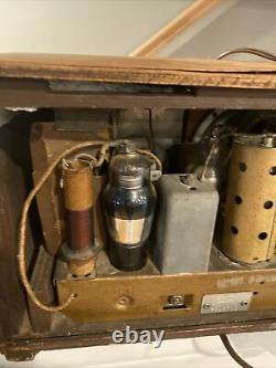 Zenith Table Top Radio Model 5-R-316 1939 Vintage Antique
