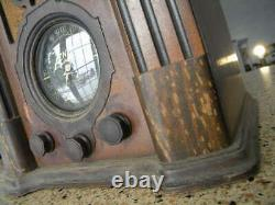 Zenith Tombstone Radio 6 volt