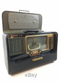 Zenith Transoceanic Tube Radio Model H500 Mid Century