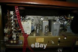 Zenith Transoceanic Wave Magnet Tube Radio Model B600L