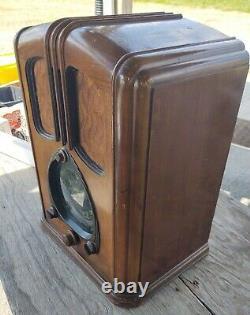 Zenith Walton 7S232 tube radio