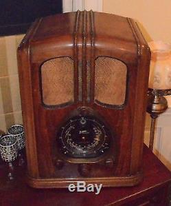 Zenith Walton Radio 7-S-232 1937/38 with Green Eye (IT WORKS!)