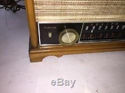 Zenith Wood Art Deco Tube Radio Made in USA Model S-58040