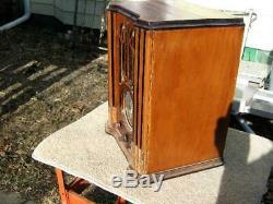 Zenith mini tombstone tube radio 1935 Model 4-5V31 Restored