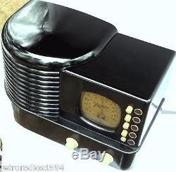 Zenith radio pristine Bakelite Pancake m-6D-312 Ebony beauty Working condition