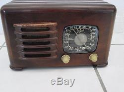 Zenith toaster 6D525 Radio Works and receives stations 1941 Long distance