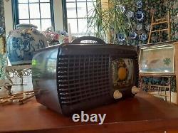 Zenith tube radio 6D520 vintage bakelite