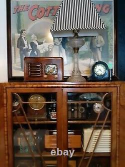 Zenith tube radio 6D525