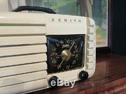 Zenith vintage tube radio classic black dial model 6D612W